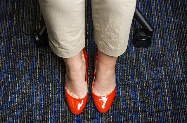 6 Unhealthy Things Lurking in Your Office Carpets