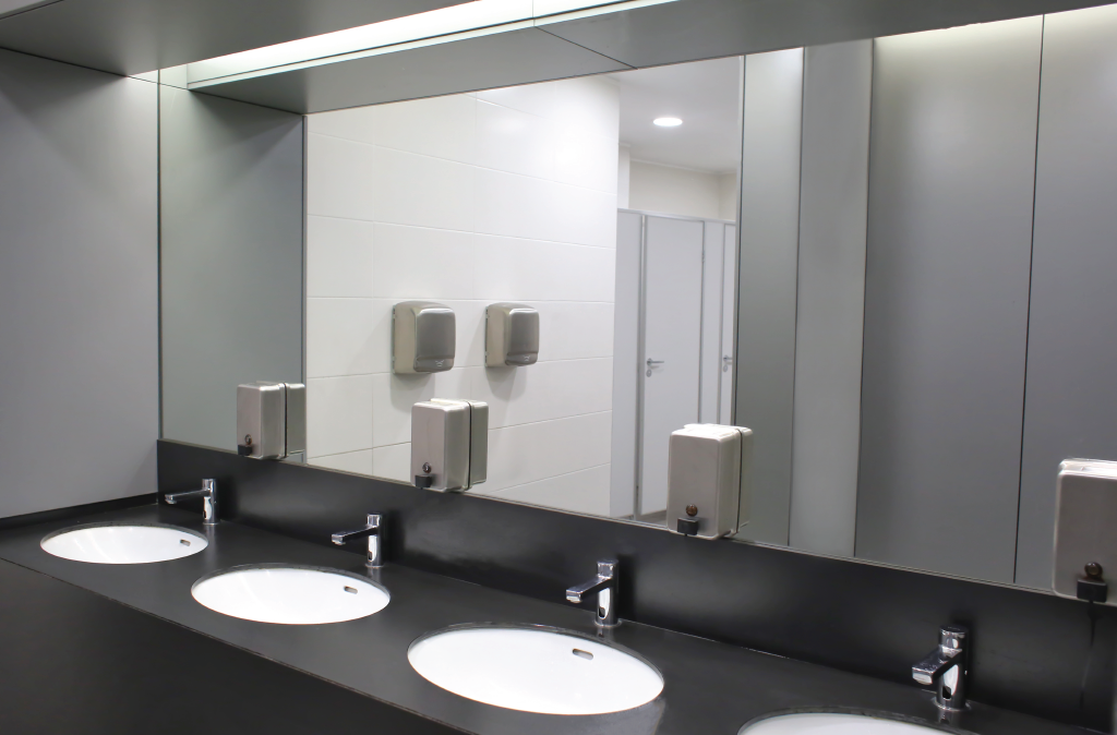 4 Risks of Poor Washroom Hygiene